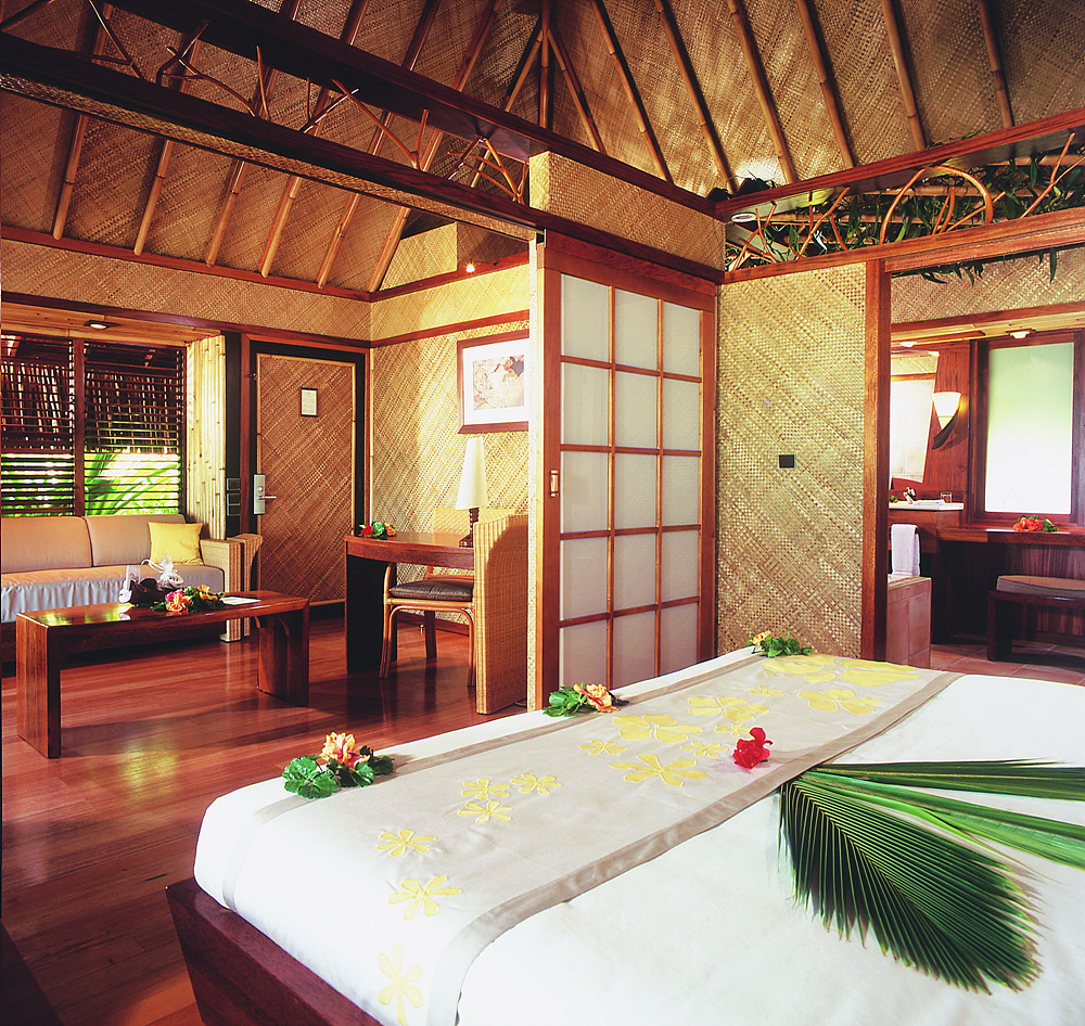 Beach_Bungalow_Interior_1.jpg