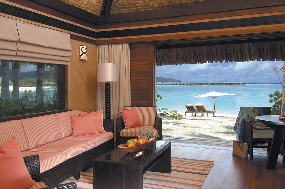 Beach_Bungalow_Interior_2.jpg